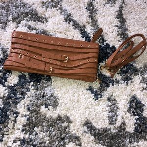 Brown Tan Gianni Bini clutch/crossbody